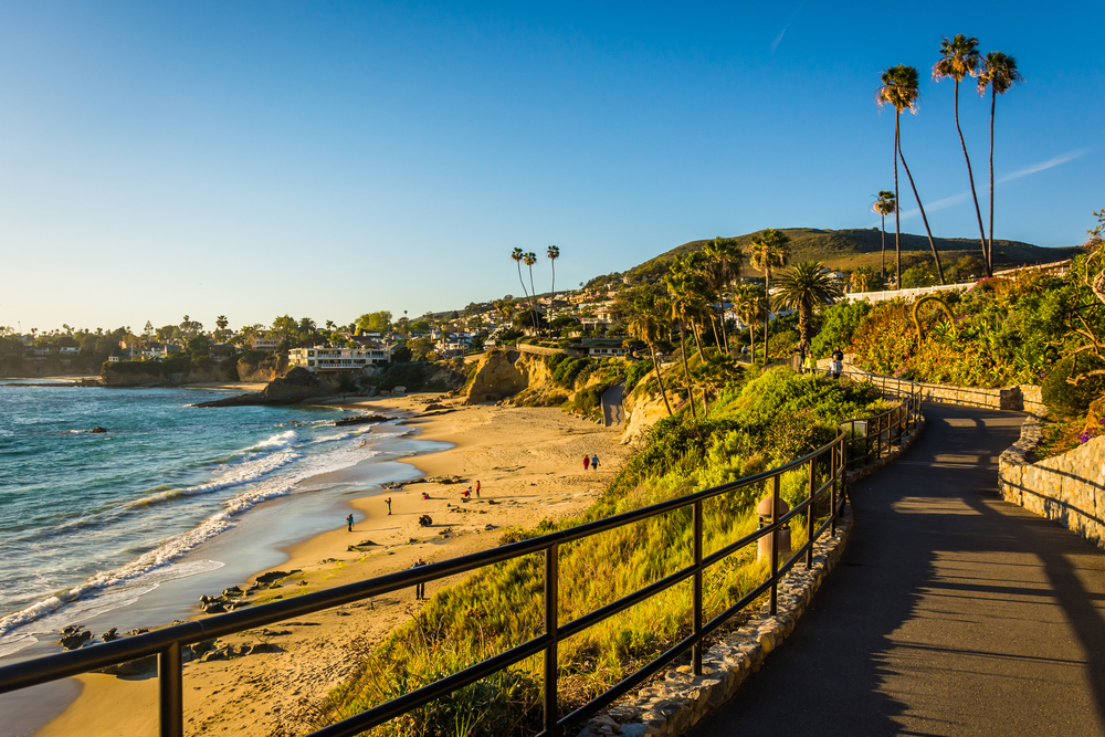 Discover Laguna Beach Through a Local Tour